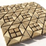 inserto 30x30 composto da tozzetti e triangoli in marmo