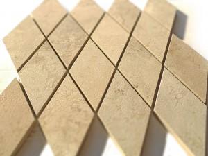 mosaico 45x35 composto da 16 rombi 7,5x15 in porcellanato